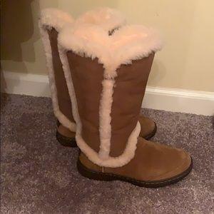 UGG waterproof KATIA boots